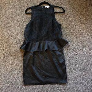 Sleeveless black dress